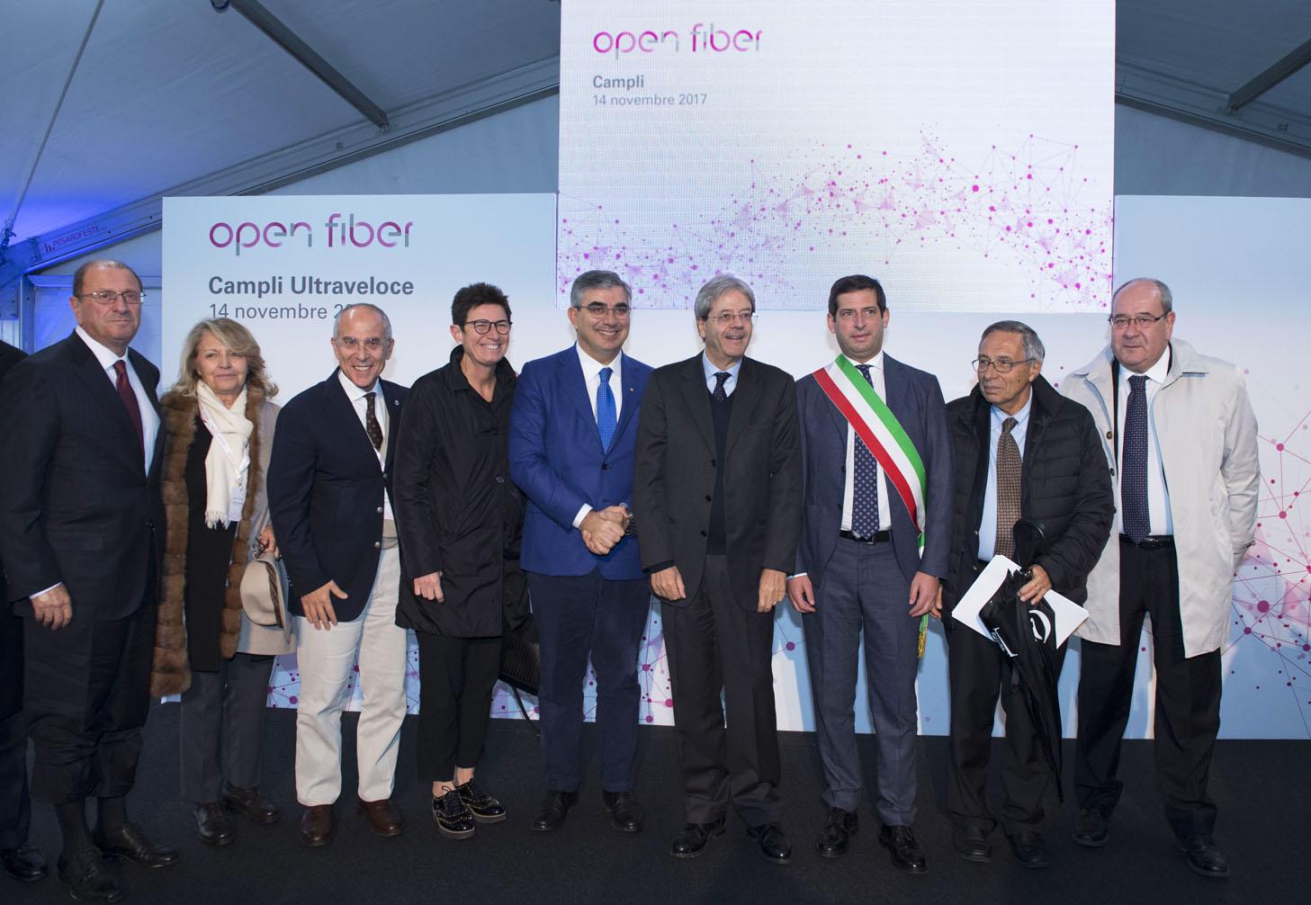 Campli - Presidente del Consiglio inaugura cantiere Open Fiber